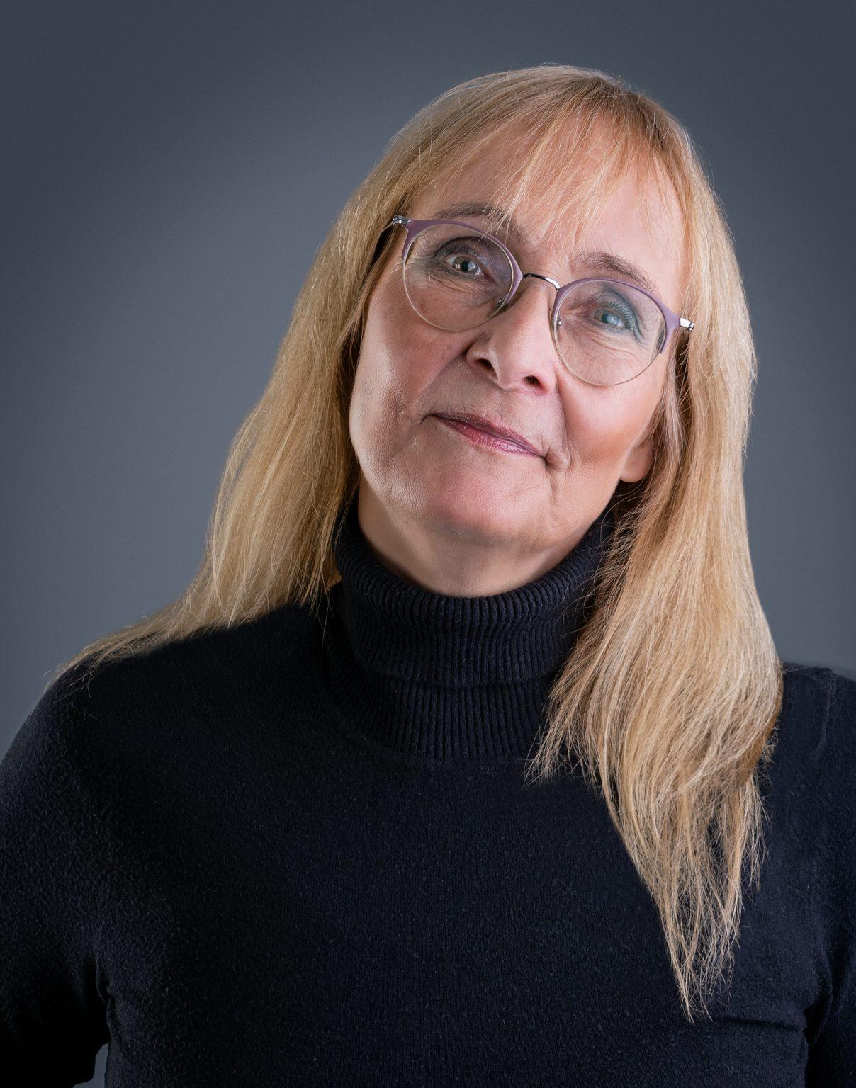 Yvonne Kostwinder - Portret